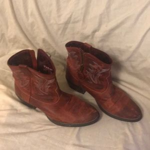 Ariat cowboy ankle boot with side zip